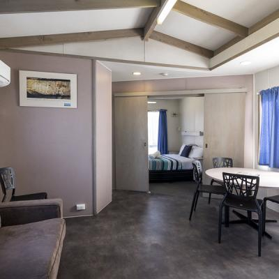 BIG4 Albury Tourist Park Accommodation 2BR Park Cabin No. 16 900px Oct 18 2