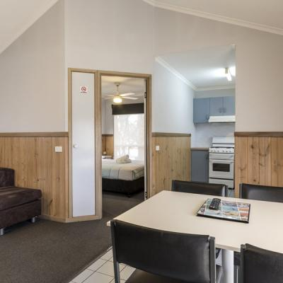 BIG4 Albury Tourist Park Accommodation 900px Oct 18 11