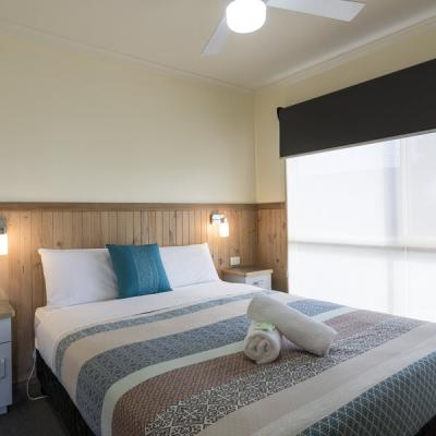 BIG4 Albury Tourist Park Accommodation 900px Oct 18 03